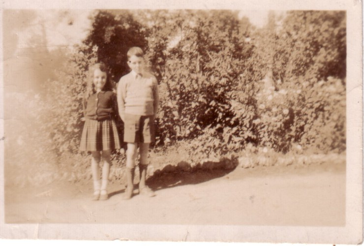 Jill and Don Ellis, Deniliquin, late 1940's.