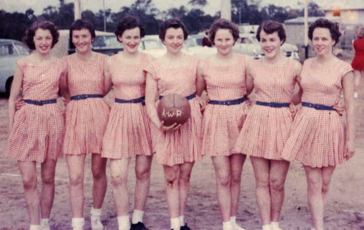 Mum (Jill Mary Ellis) played netball for Koo Wee Rup.  Mum is the one with the bloody knee.